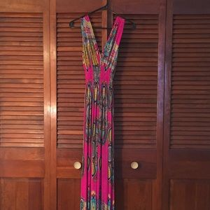 Dresses & Skirts - Mult-colored maxi dress
